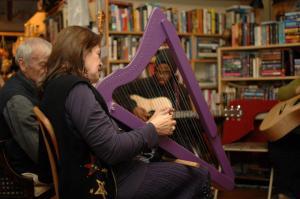 bud in harp